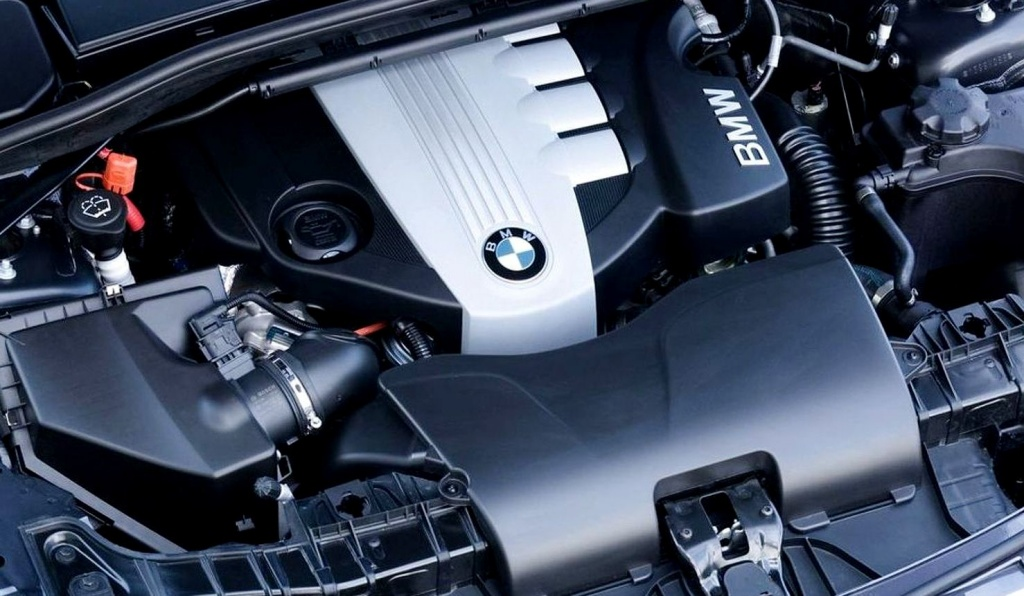 2009-172518-bmw-123d-2-0-liter-twin-turbo-diesel-engine1.jpg